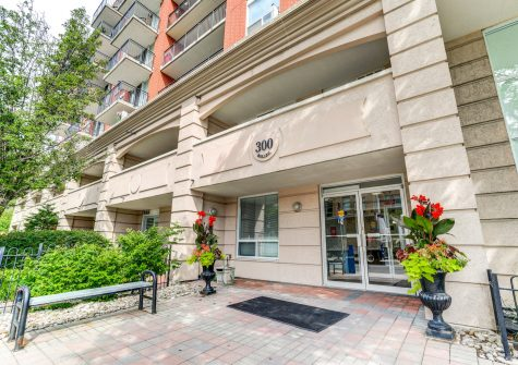 This condo is now sold – congratulations to both the Seller & the Buyers
